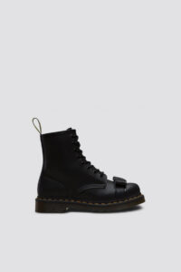 DR.MARTENS – BLACK CRACKLE PATENT 1